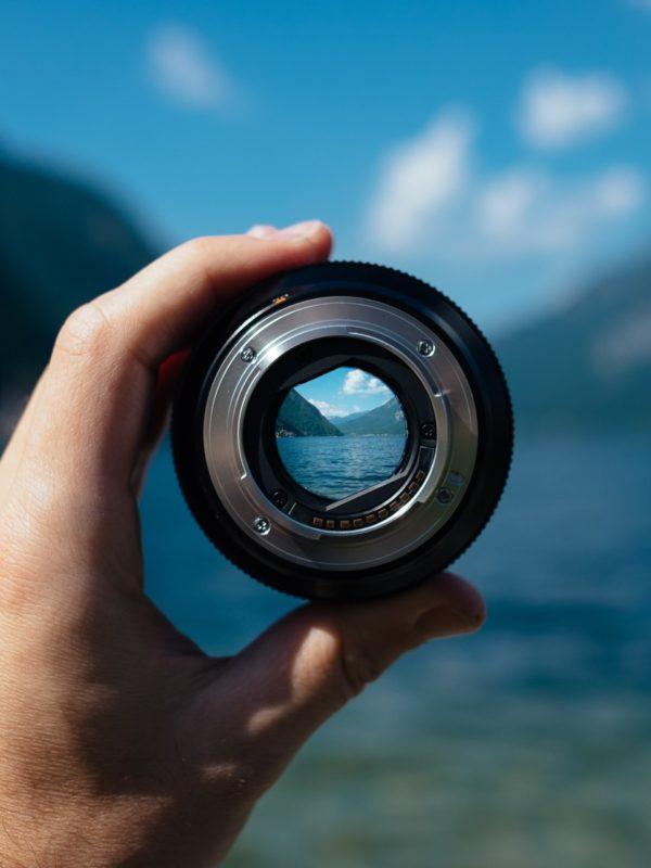 Kameraobjektiv / Durchblick